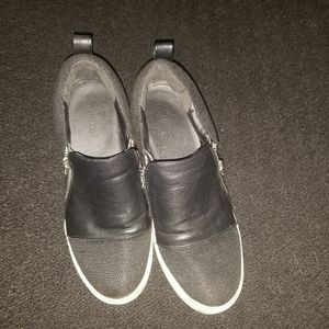 Womens comfortable shoes